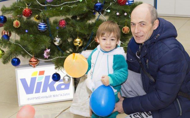 Новогодний праздник в фирменной торговой точке VIKA, г. Луганск